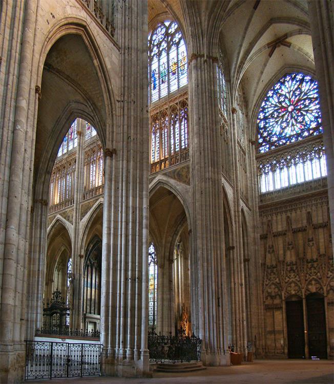聖旺教堂內部