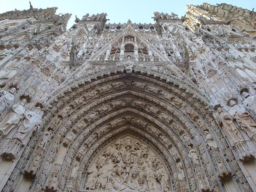 盧昂主教座堂正門上雕刻