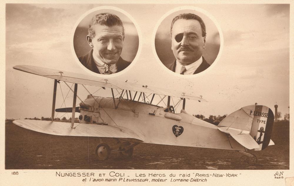 駕駛白鳥號的兩位飛行員