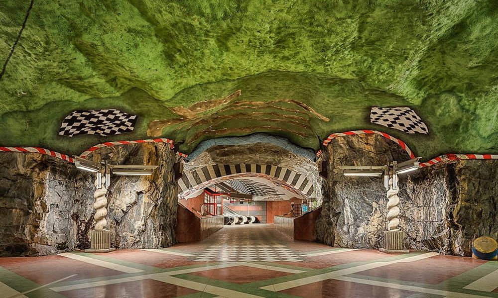 國王花園Kungsträdgården 地鐵站