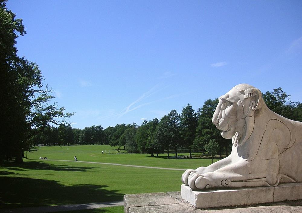 卓寧霍姆宮英式庭園